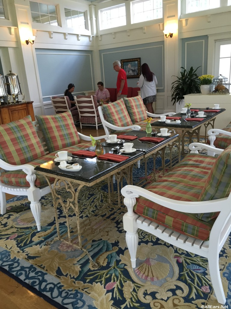 Beach Club Crescent Solarium Tea