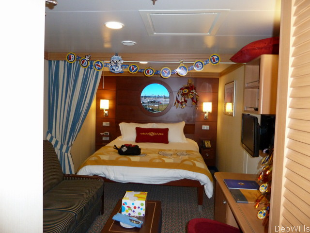 Standard And Deluxe Inside Stateroom Cat 11 Disney Dream