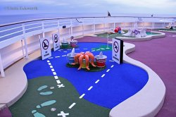 Goofy's Miniature Golf Disney Dream Deck 13