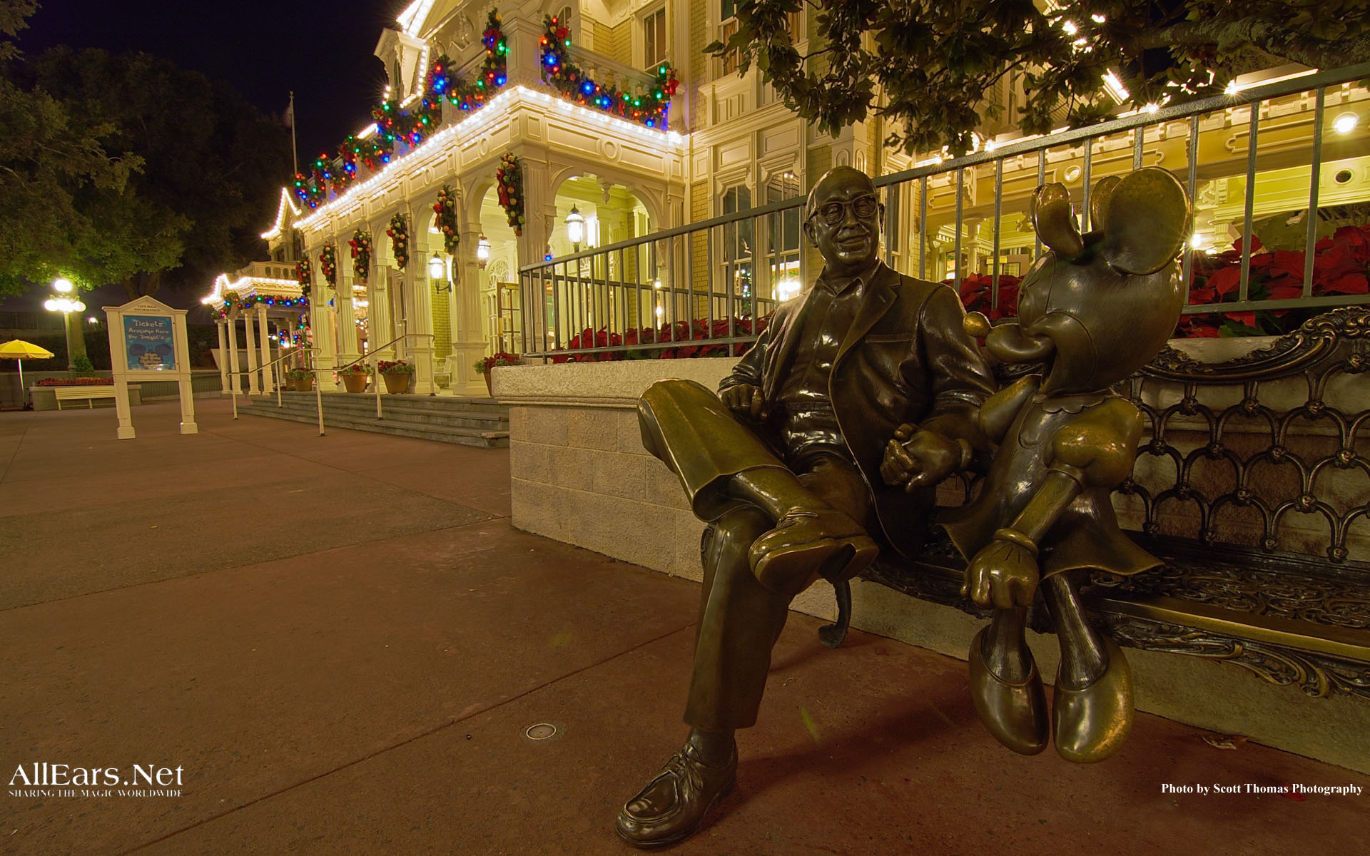 Where to Find the 5 Most Interesting Benches at Disney World