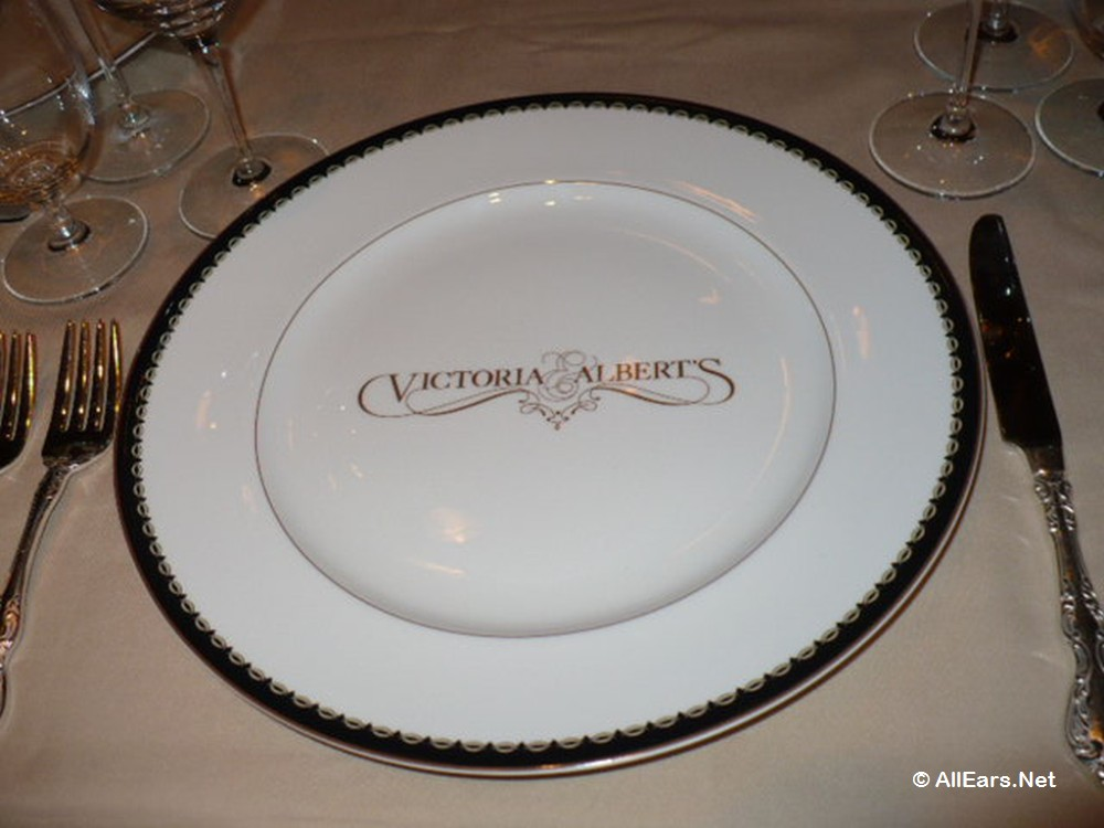 Victtoria and Albert's Place Setting