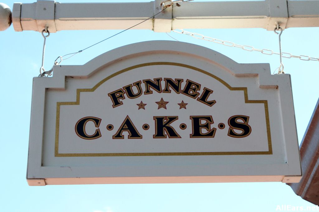 Funnel Cakes Sign