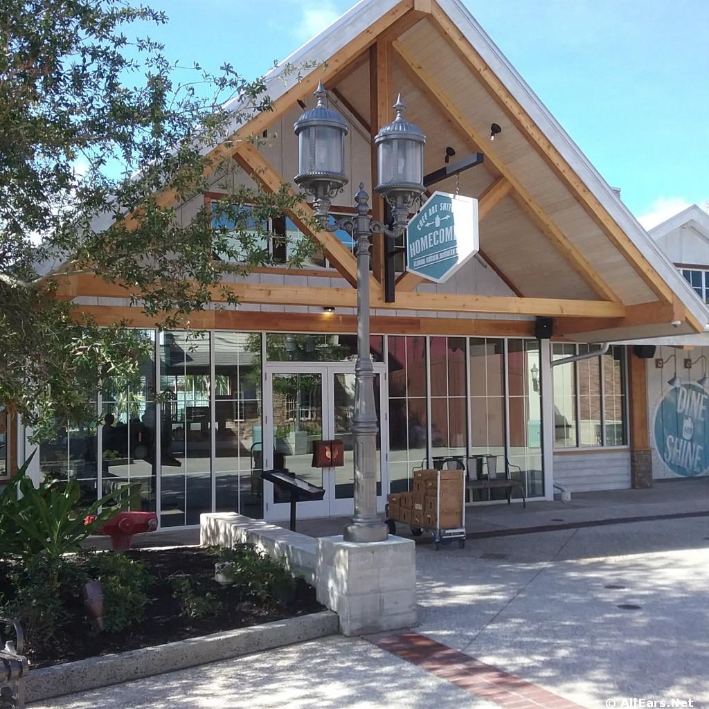Homecoming: Florida Kitchen Exterior