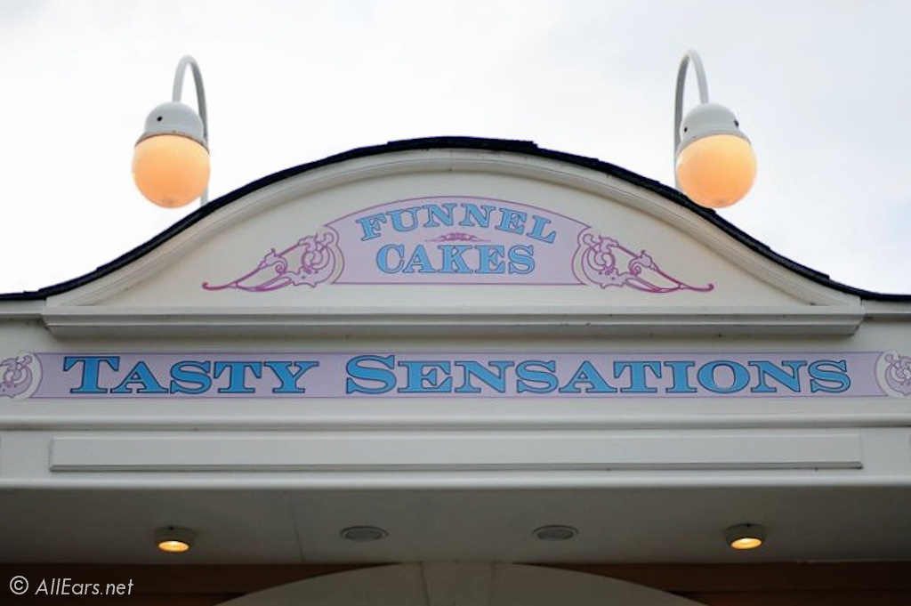 Funnel Cakes Kiosk Sign