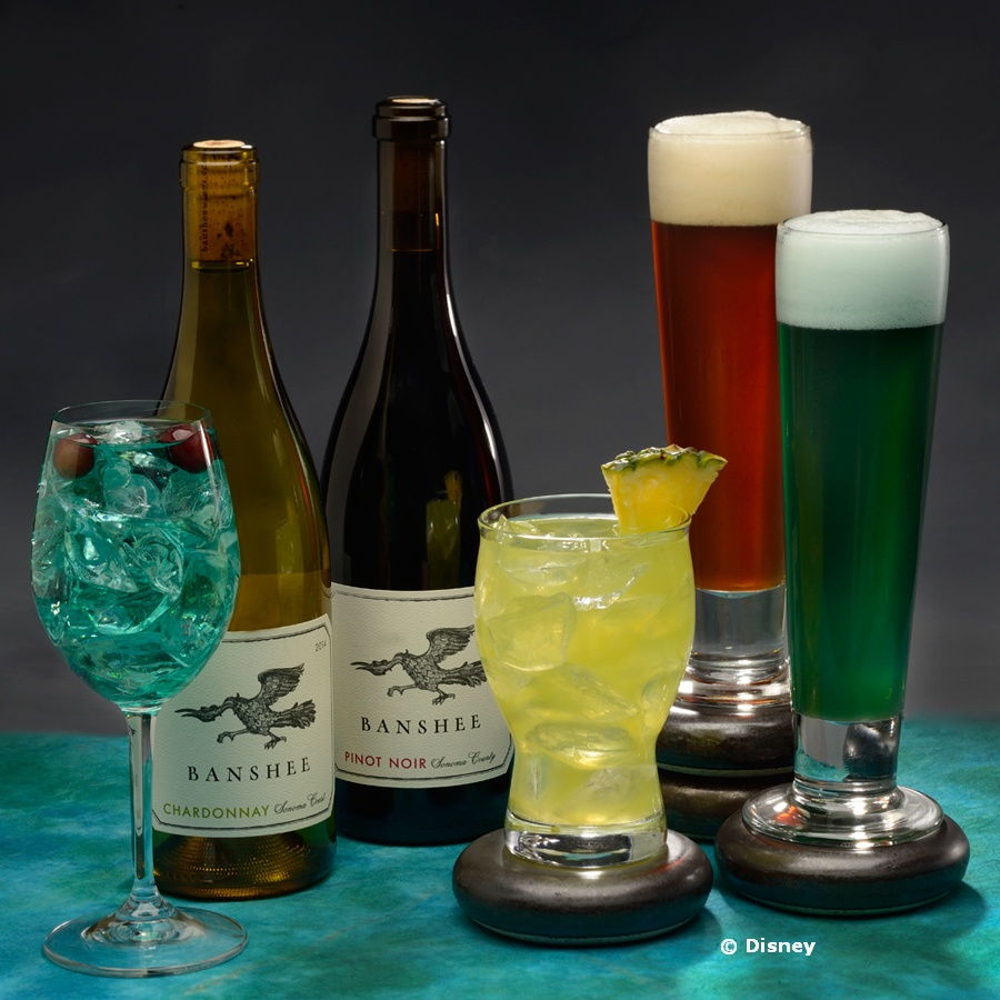 Satu'li Canteen Beverages: Dreamwalker Sangria (blue); Banshee Wines; Pandoran Sunrise (pineapple); Hawkes' Grog Ale;  Mo'ara High Country Ale