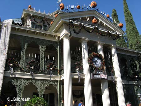 The Disneyland Frightfully Fun Halloween Parade