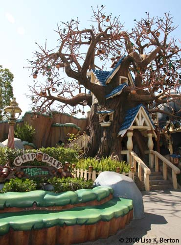Chip 'n' Dale's Treehouse  ToonTown Disneyland Chip and Dale's Treehouse