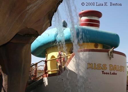 Donald's Boat  ToonTown Disneyland Donald's Boat
