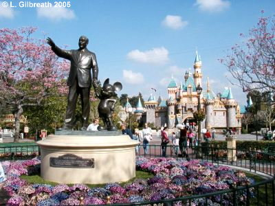 Disneyland overview partners statue at disneyland freerunsca Choice Image