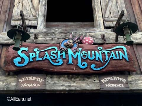 Splash Mountain  Critter Country Disneyland Splash MountainDisneyland