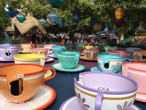 Mad Tea Party   Fantasyland Disneyland Mad Tea Party