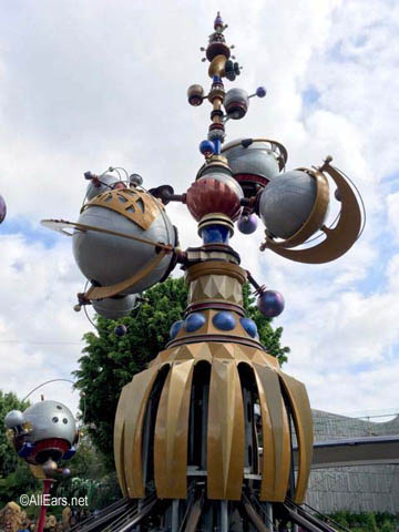 Astro Orbitor   Tomorrowland Disneyland Astro Orbitor