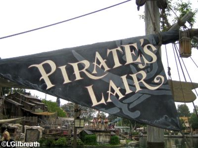 Pirate's Lair sign