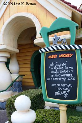 Mickey's House  ToonTown Disneyland Mickey's House