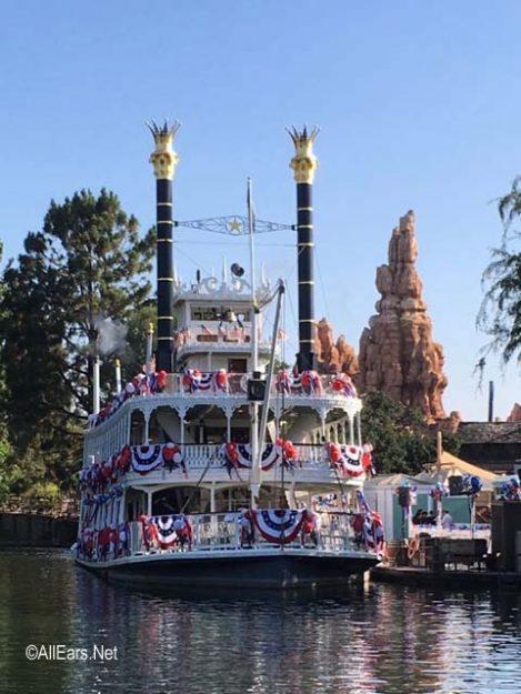 Mark Twain Riverboat  Frontierland  Disneyland Mark Twain Riverboat