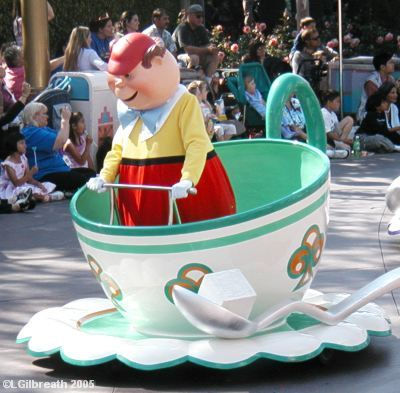 TweedleDee in Teacup