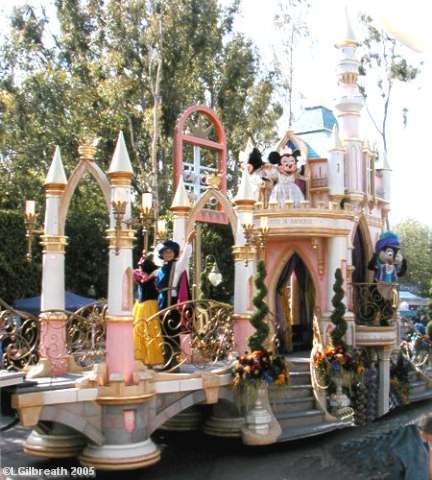 Mickey Minnie and Castle End Float