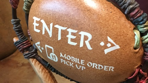 Mobile Order Now Available for Disney Dining Plan