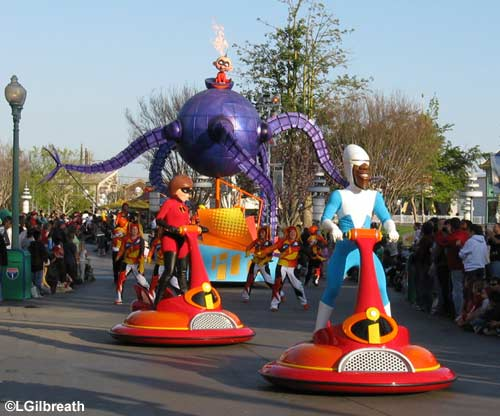 The Incredibles Add Appearances at Paradise Pier