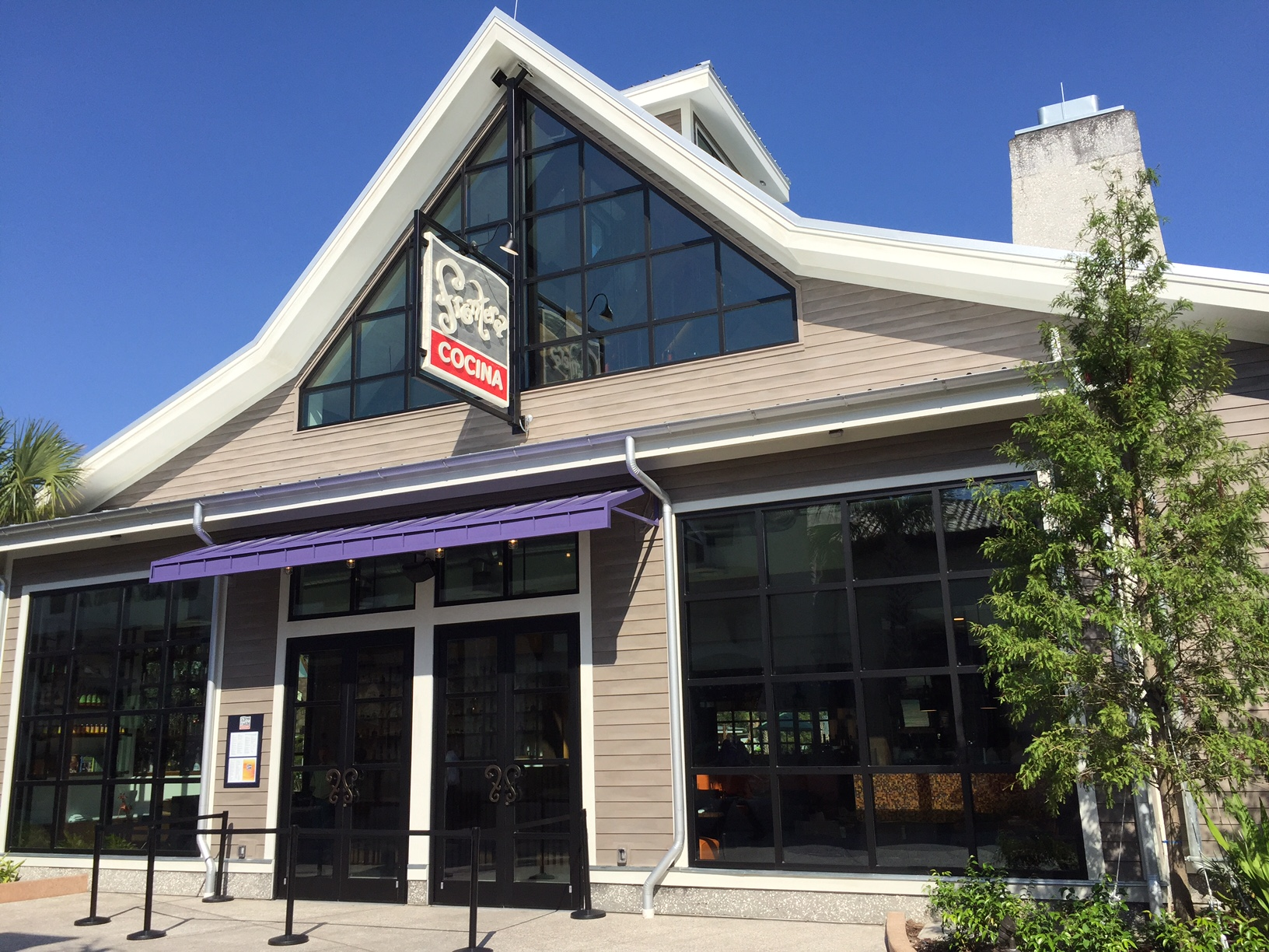 Frontera Cocina Restaurant Opens in Town Center