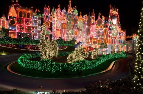 Holidays at Disneyland Return November 10