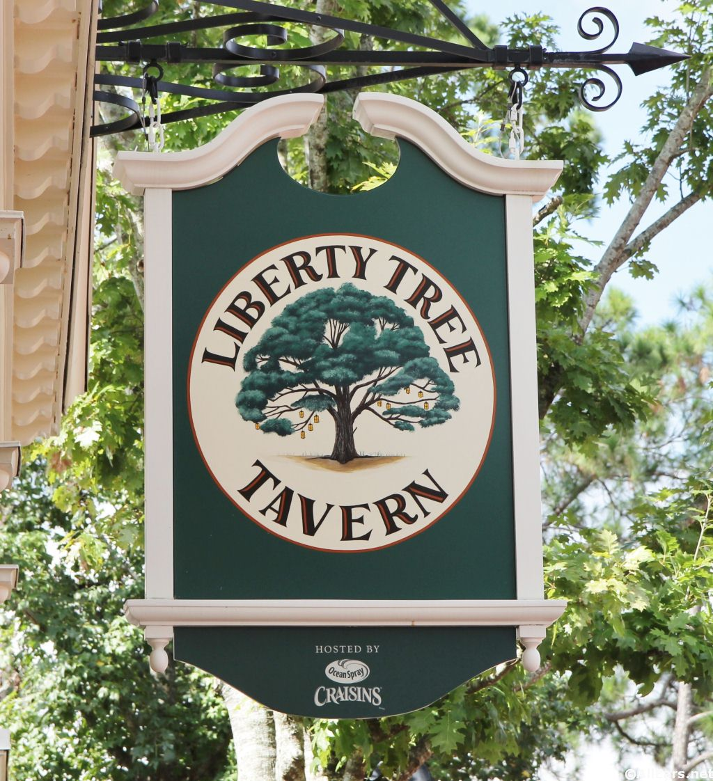 Liberty Tree Tavern Lunch Now Includes Dinner Platter