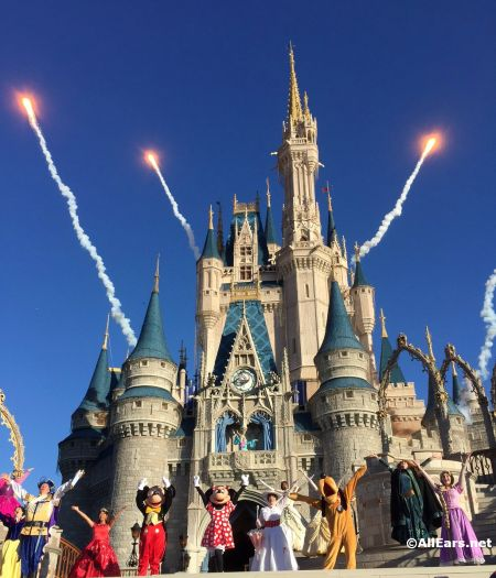Magic Kingdom Debuts New Welcome Show