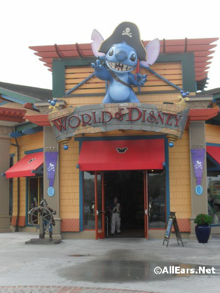 World of Disney Offering Limited-Time Special Shopping Card