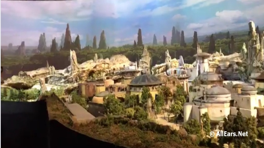 Star Wars Land Model Revealed at 2017 D23 Expo