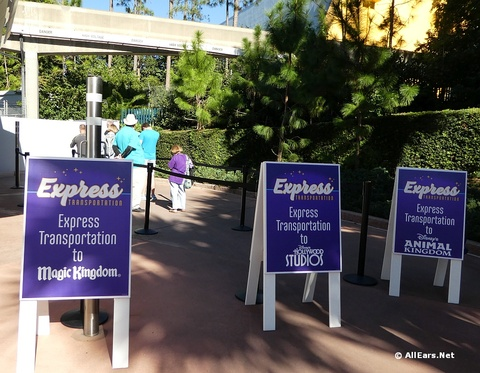 Express Transportation Summer Pass Available for Annual Passholders