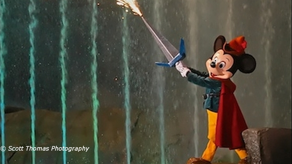 Fantasmic! Dessert and VIP Viewing Now Available!