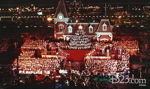 Disneyland's Candlelight Processional On Dec 2-3