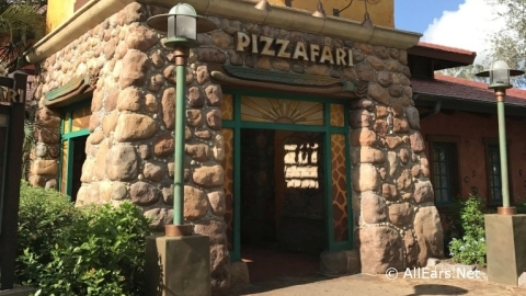 Reservations Now Open for Pizzafari Family-Style Dining