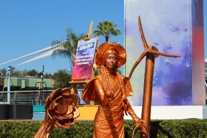 Living Statues at Epcot Festival of the Arts