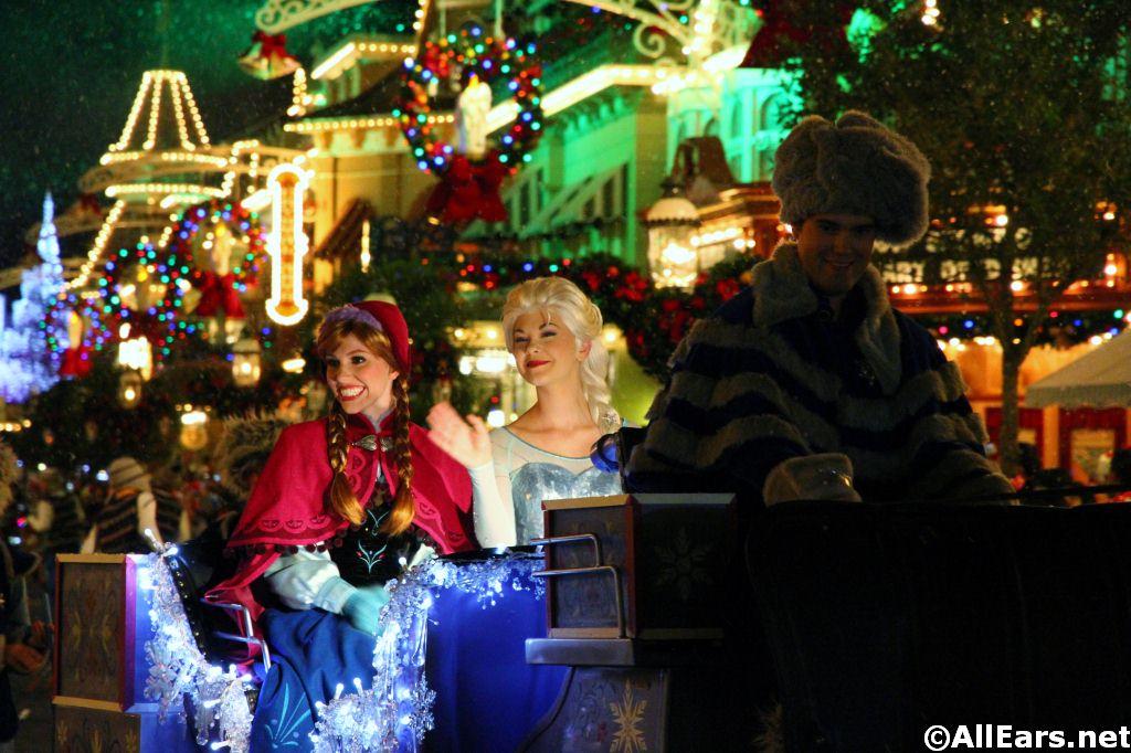 Mickey S Once Upon A Christmastime Parade Magic Kingdom