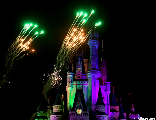 Ferrytale Wishes: A Fireworks Dessert Cruise Debuts October 5!