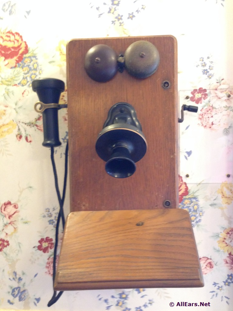 The Chapeau Telephone