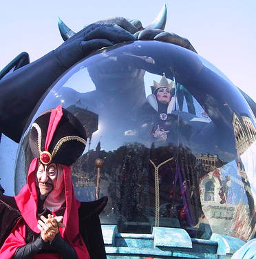 Evil Queen and Jafar