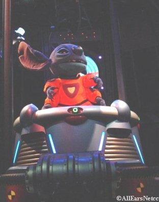 Stitch's Great Escape  Tomorrowland Magic Kingdom Stitch in Stitch's Great Escape