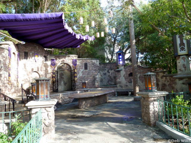 Tangled Play And Greet Fairytale Garden Magic Kingdom Archives